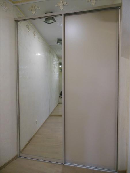 Шкаф-купе встроенный 1700 зеркало/МДФ пластик - 19010